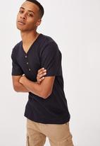Cotton On - Essential henley T-shirt - navy