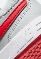 Nike - Nike pico 5 - grey