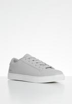 Urban - Minimalist sneaker - grey