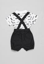 POP CANDY - Shorts with braces & tee set - black & white