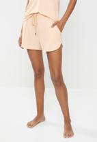 Cotton On - Sleep recovery pocket short - peach & pink