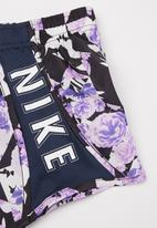 Nike - Nike girls tokyo floral all over print tempo short - purple & navy