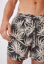 Cotton On - Swim short - black sand fern
