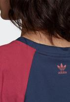 adidas Originals - Large logo tee - collegiate navy & power berry