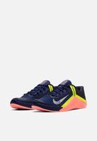 Nike - Nike metcon 6 -deep royal blue/mtlc platinum