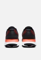 Nike - Nike renew run 2 - black/hyper crimson-chile red-green glow