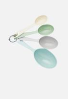 Kitchen Craft - Classics four piece measuring cup set- Multi-colour