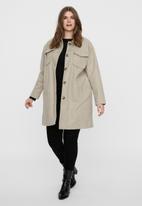 Vero Moda - Curve bonusray 3/4 jacket - silver mink