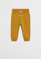 MANGO - Mateop trousers - yellow