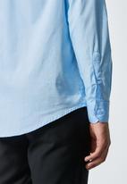 Superbalist - Jos slim fit long sleeve shirt - blue