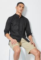 Superbalist - Wu slim stretch mandarin shirt - black