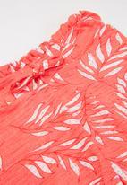 name it - Jiselle shorts - coral