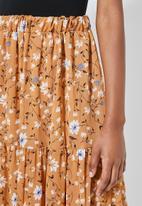 Superbalist - Tiered midi skirt - orange