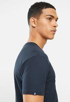 POLO - Owen debossed crew neck tee - navy