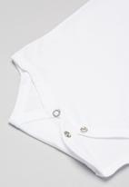 Quimby - Boys bodysuit & sweat shorts set - white & grey