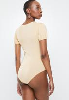 Glamorous - Bodysuit with ring detail - beige