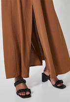 Superbalist - Maxi slit skirt - tobacco
