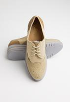 Seduction - Patched brogue - taupe