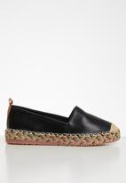 Seduction - Braided sole espadrille - black