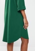 edit - 3/4 sleeve notch neck high low tunic - emerald