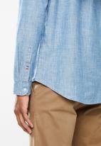 Tommy Hilfiger - Tjm chambray mao shirt - blue