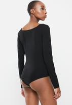Glamorous -  Villa bodysuit 2 pack - black & white