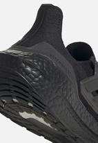 adidas Performance - Ultraboost 21 w - core black/core black/core black