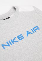Nike - B nsw nike air crew - grey