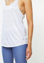 Move Pretty - The bella tank - grey