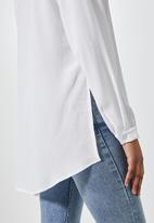 Superbalist - Funnel neck longline blouse - white