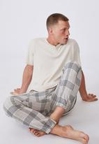 Cotton On - Pj drake - oatmeal check