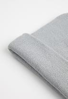 Superbalist - Fine knit beanie - grey