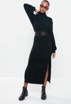 Missguided - Fluffy slouchy side split jumper dress - black
