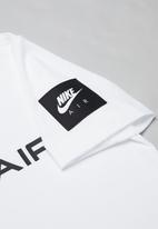 Nike - B nsw tee nike air - white