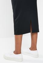 edit - Knitted midi pencil skirt - black