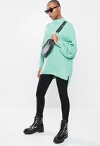 Missguided - Grown on neck longline jumper - green