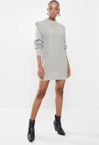 Missguided - Shoulder lip jumper dress - grey