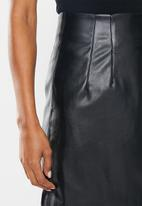 Glamorous - Petite pu mini skirt - black