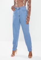 Missguided - Petite riot high waisted plain rigid mom jean - blue
