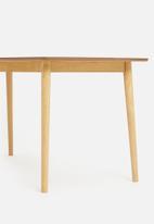 Sixth Floor - Hasting dining table - oak
