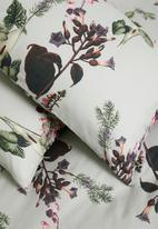 Sixth Floor - Autumn plants cotton digital printed duvet cover - multi