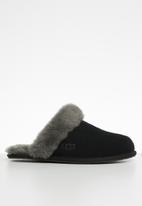 UGG® - Scuffette ii - black & grey