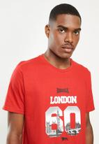 Lonsdale - London 60's crew neck tee - red