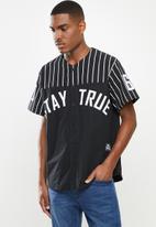 Lonsdale - Ld- true shirt 01 baseball - black & white