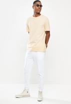 Factorie - Regular fct T-shirt - sandshell