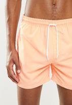 Factorie - Resort short - pastel orange
