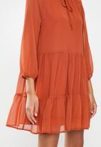 MILLA - Pie crust mini tiered dress - rust