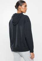 New Balance  - Essentials stacked logo oversized hoodie - black