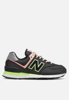 New Balance  - 574v2 - black/pink