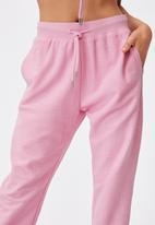 Factorie - Reverse french terry slim fit trackpant - babe pink